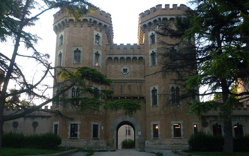 castell-de-can-taio