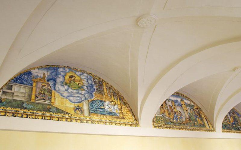 21. claustre_convent_StFrancesc_ llunetes+creueria
